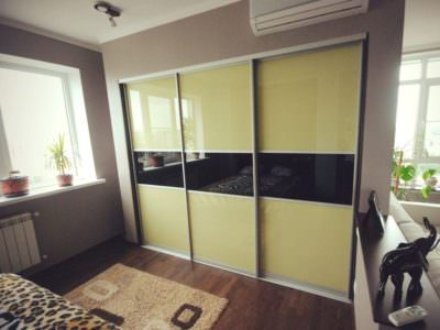 Шкаф-Купе Встроенный в Нишу Oracal 3 Двери